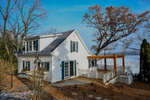 Property for sale at 1024 N Breens Bay Rd, Summit,  Wisconsin 53066