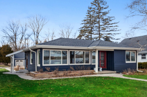 Property for sale at W322N7468 Reddelien Rd, Hartland,  Wisconsin 53029