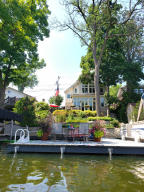 Property for sale at W352N5286 Lake Dr, Oconomowoc,  Wisconsin 53066