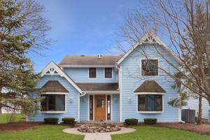 Property for sale at W322N7384 Reddelien Rd, Hartland,  Wisconsin 53029
