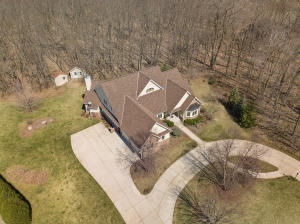 Property for sale at W323N9083 Shadow Ct, Hartland,  Wisconsin 53029