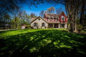 Property for sale at 626 Cardiff Dr, Hartland,  Wisconsin 53029