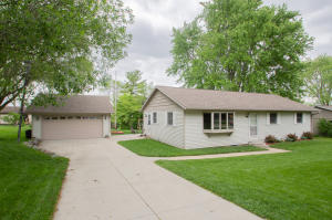 Property for sale at W1438 Marietta Ave, Ixonia,  Wisconsin 53036