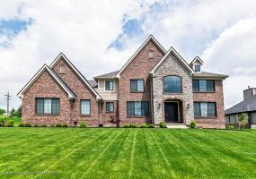 10450 Stoney Point Drive, South Lyon, MI 48178, 4 Bedrooms Bedrooms, ,6 BathroomsBathrooms,Residential,For Sale,Stoney Point,237085