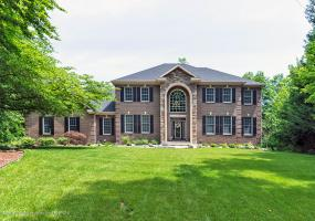 3750 Beech Tree Lane, Okemos, MI 48864, 5 Bedrooms Bedrooms, ,6 BathroomsBathrooms,Residential,For Sale,Beech Tree,238271