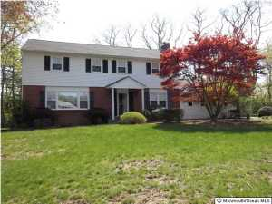 6 Silverbrook Place, Lincroft, NJ 07738