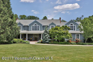 This location makes this the perfect place to call home! One of Rumson's most coveted streets.