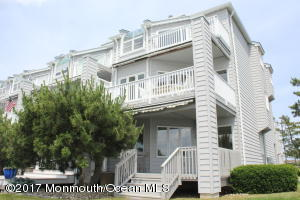 Beautiful 3BR/3.5 end unit condo at Seabridge
