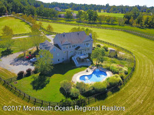 Splendid family home, 10.5 Acres, just 1 hour from NYC & Philly, short drive to Jersey Shore