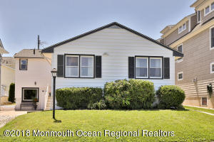 Property for sale at 513 Lakeside Avenue, Avon-by-the-sea,  New Jersey 07717