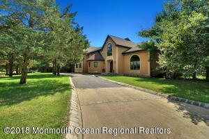 Property for sale at 1319 Vincenzo Drive, Toms River,  New Jersey 08753