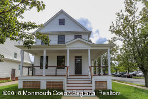 75 Oakland Street, Red Bank, NJ 07701