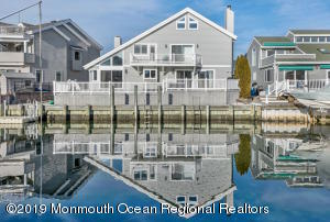Property for sale at 13 Captains Court, Manasquan,  New Jersey 08736