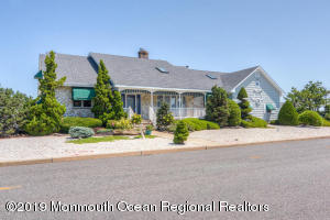Property for sale at 3501 Churchill Drive, Toms River,  New Jersey 08753