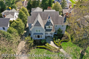 Property for sale at 220 Crescent Parkway, Sea Girt,  New Jersey 08750