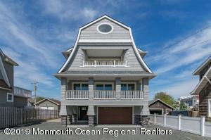 Property for sale at 136 Main Avenue, Bay Head,  New Jersey 08742