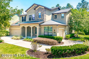 1067 GREEN PINE CIR, ORANGE PARK, FL 32065