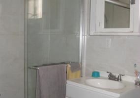 416 Hamden Avenue,Staten Island,New York,10306,United States,1 Bedroom Bedrooms,4 Rooms Rooms,1 BathroomBathrooms,Residential,Hamden,1101830