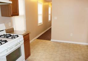 174 Moreland Street,Staten Island,New York,10306,United States,2 Bedrooms Bedrooms,4 Rooms Rooms,1 BathroomBathrooms,Residential,Moreland,1116236