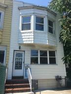 821 W Fingerboard Road, Staten Island, NY 10305