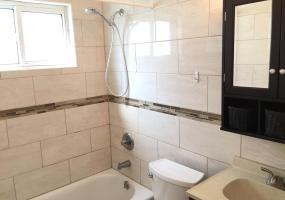 B 6 Garibaldi Avenue,Staten Island,New York,10301,United States,1 Bedroom Bedrooms,3 Rooms Rooms,1 BathroomBathrooms,Res-Rental,Garibaldi,1124125