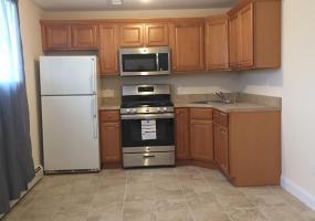 95 Allison Avenue,Staten Island,New York,10306,United States,2 Bedrooms Bedrooms,4 Rooms Rooms,1 BathroomBathrooms,Res-Rental,Allison,1124146
