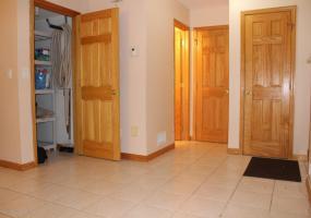 1 30 Carlton Court,Staten Island,New York,10312,United States,3 Rooms Rooms,1 BathroomBathrooms,Res-Rental,Carlton,1124191