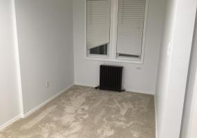 892 Elbe Avenue,Staten Island,New York,10304,United States,2 Bedrooms Bedrooms,4 Rooms Rooms,1 BathroomBathrooms,Res-Rental,Elbe,1124250