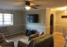 1d 416 Maryland Avenue,Staten Island,New York,10305,United States,1 Bedroom Bedrooms,4 Rooms Rooms,1 BathroomBathrooms,Residential,Maryland,1124282