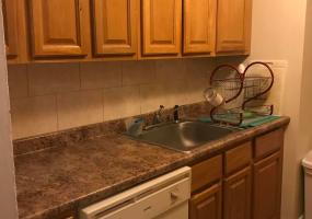 4b 145 Lincoln Avenue,Staten Island,New York,10306,United States,2 Bedrooms Bedrooms,4 Rooms Rooms,1 BathroomBathrooms,Residential,Lincoln,1124321