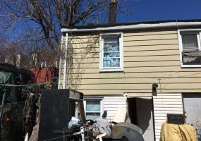 64 Brook Street,Staten Island,New York,10301,United States,3 Bedrooms Bedrooms,6 Rooms Rooms,1 BathroomBathrooms,Residential,Brook,1124373