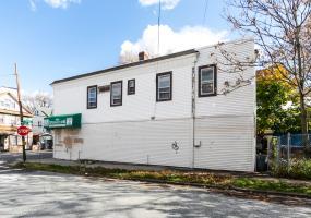 1636 Castleton Avenue,Staten Island,New York,10302,United States,Business,Castleton,1124449