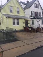 8 Dix Place, Staten Island, NY 10304