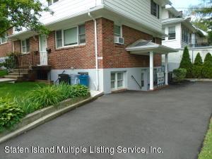 4 University Place, Staten Island, NY 10301