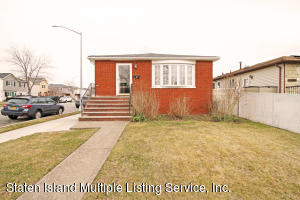 3 Clearmont Avenue, Staten Island, NY 10309