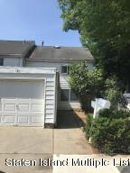 171 Carlyle Green, Staten Island, NY 10312