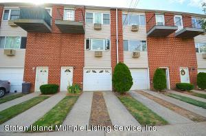 33 Francine Court, A, Staten Island, NY 10306