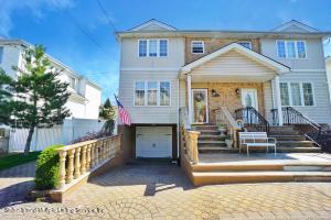 30 Jessica Lane, Staten Island, NY 10309