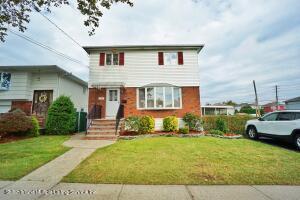 529 Oak Avenue, Staten Island, NY 10306