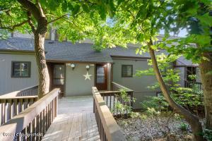 138 Cross Country Ln, Tannersville, PA 18372