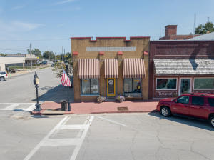 101 S Main Street USA, Marceline, MO 64658