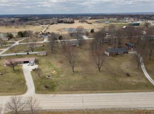 725 S Main, Huntsville, MO 65259