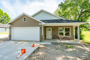 531 Jefferson Ave., Moberly, MO 65270