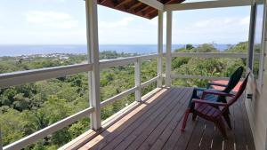 Mahogany Hills, 3 Bed 2 Bath Ocean View Home, Roatan,