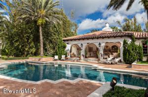 Property for sale at 205 Hacienda Drive, Merritt Island,  FL 32952