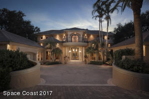 Property for sale at 117 Lansing Island Drive, Indian Harbour Beach,  FL 32937
