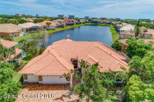 Property for sale at 580 Newport Drive, Indialantic,  FL 32903