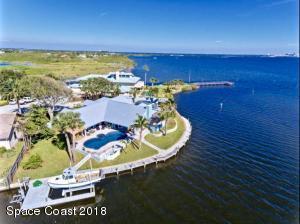 Property for sale at 1725 Sandpiper Street, Merritt Island,  FL 32952