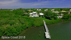 Property for sale at 110 Estuary Circle, Vero Beach,  FL 32963