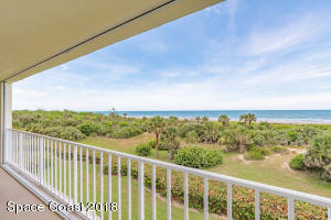 Property for sale at 8700 Ridgewood Avenue Unit B-306, Cape Canaveral,  FL 32920